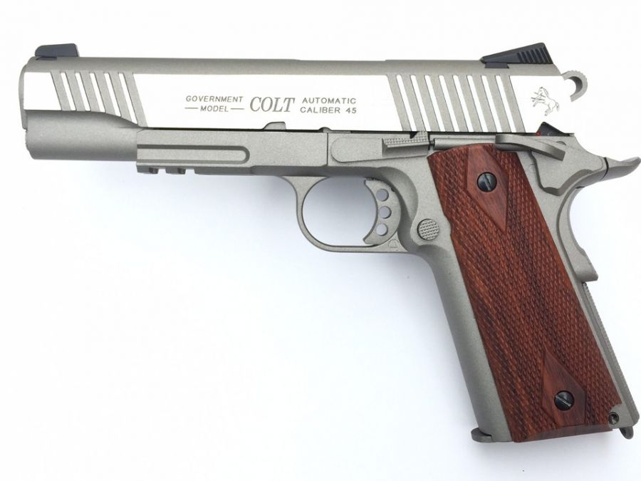 Colt 1911 Rail Gun CO2 Full Metal Crom NEW !!